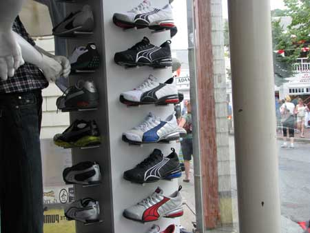 How to Open an Athletic Shoe Store